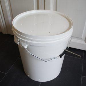 The drying bucket